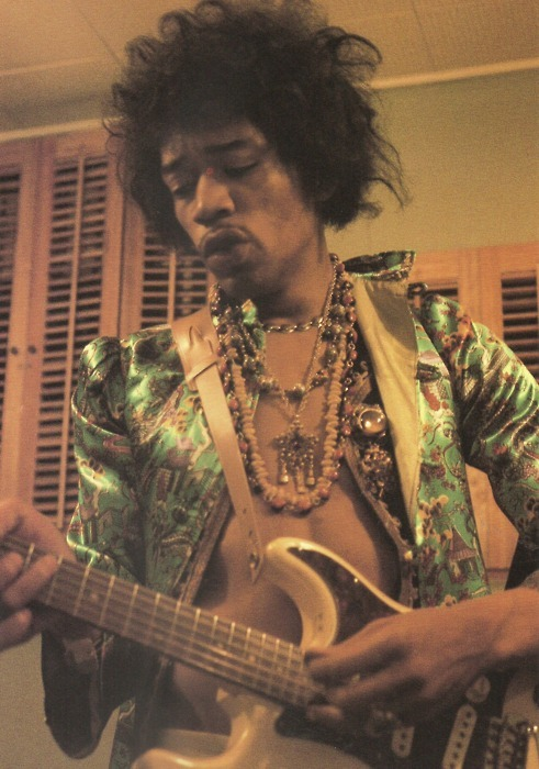 jimi hendrix best quotes and lyrics sound and vision. Black Bedroom Furniture Sets. Home Design Ideas